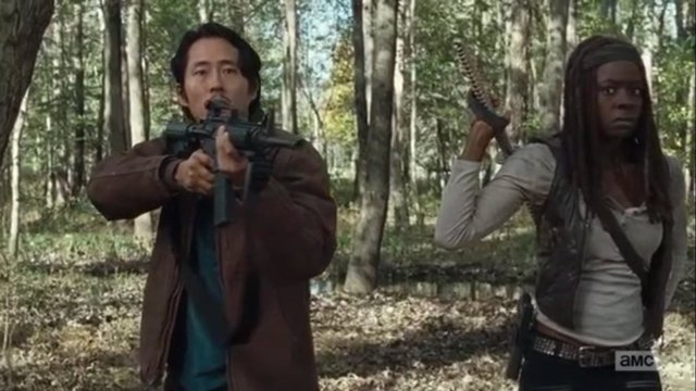 Michonne y Glenn en The Walking Dead