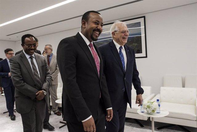 El primer ministro de Etiopía, Abiy Ahmed, y Josep Borrell, jefe de la diplomacia europea