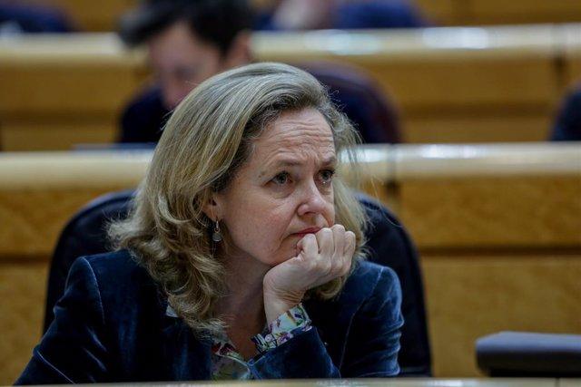 La vicepresidenta tercera y ministra de Asuntos Económicos y Transformación Digital, Nadia Calviño, durante la sesión de control al Gobierno en el Senado, en Madrid (España) a 3 de marzo de 2020.