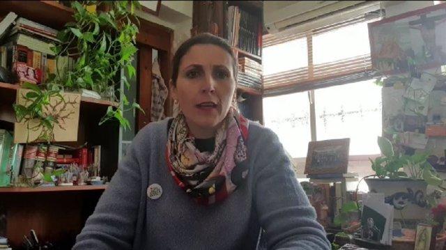 La delegada territorial de Educación, Deporte, Igualdad, Políticas Sociales y Conciliación, Mercedes García Paine, en un video para explicar medidas durante el coronavirus