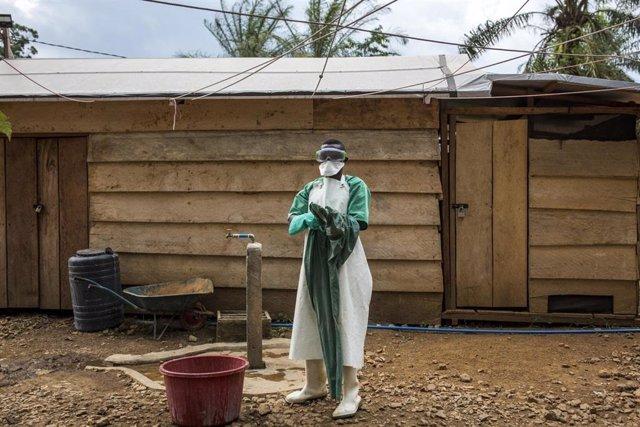 Un trabajador sanitario en la lucha contra el ébola