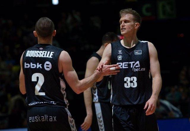 Baloncesto.- Bilbao Basket abre expediente a Tyler Haws por decidir volverse a E