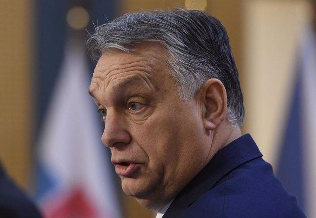 Coronavirus.- Orban rechaza poner plazo al estado de emergencia en Hungría a cau