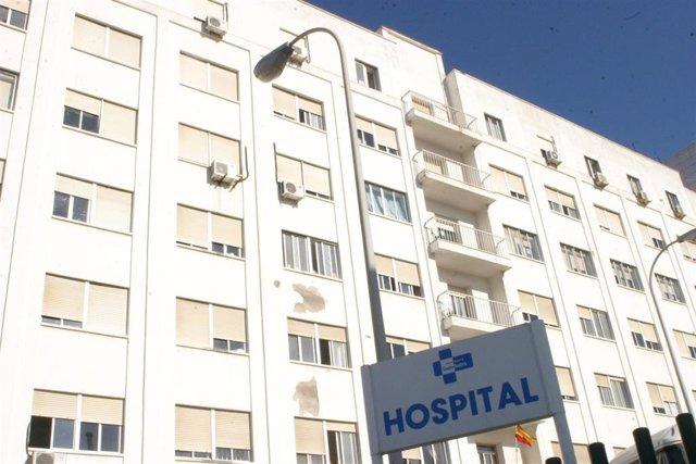 Vista exterior del Hospital de Ceuta, en una imagen de archivo