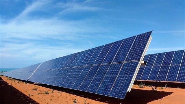 [Grupoeconomiacat] Np. Powertis Firma Con Total Un Acuerdo Para El Desarrollo Conjunto De 1 Gw De Proyectos Fotovoltaicos En España