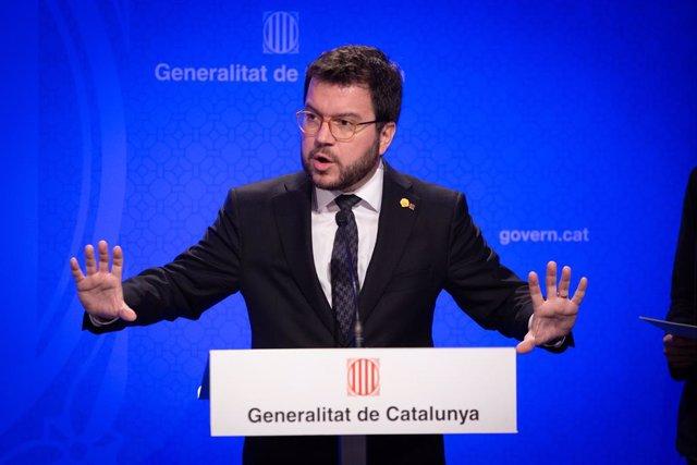 El vicepresident del Govern, Pere Aragonès, intervé en la roda de premsa convocada davant els mitjans per informar sobre el coronavirus, a Barcelona / Catalunya (Espanya), a 12 de març de 2020.