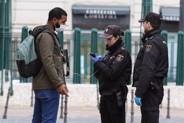 AMP-Coronavirus.- Policía y Guardia Civil practican 80 detenciones y alertan de quienes abandonan hospitales sin el alta