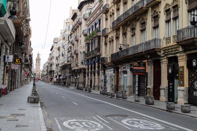 Una calle vacía durante el segundo día laborable de la segunda semana desde que se decretó el estado de alarma en el país a consecuencia del coronavirus, en Valencia (Comunidad Valenciana) a 24 de marzo de 2020.