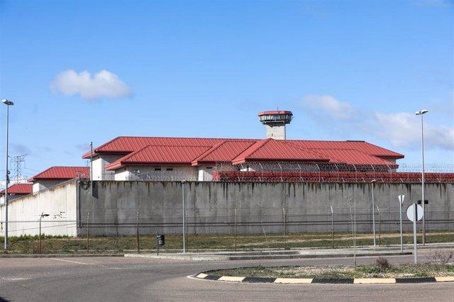 Exterior de la Cárcel del Centro Penitenciario Madrid III, en Valdemoro