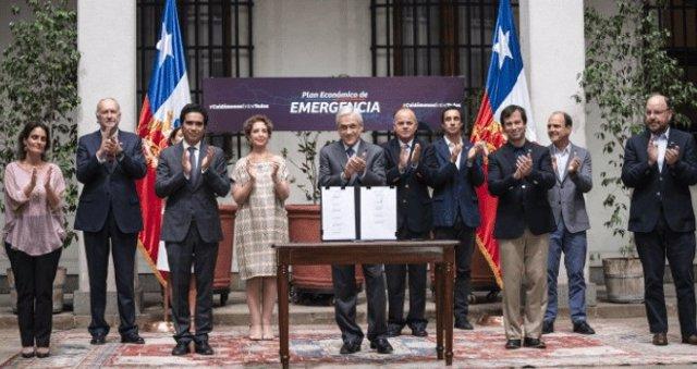 La Cámara de Diputados de Chile rechaza el 'bono Covid-19' y pide al Gobierno aumentar su cantidad