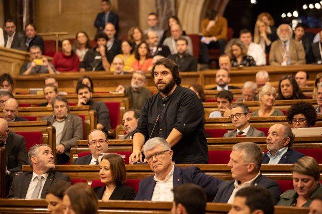 El portaveu adjunt del PSC-Units, Ferran Pedret, en una intervenció en el ple del Parlament.