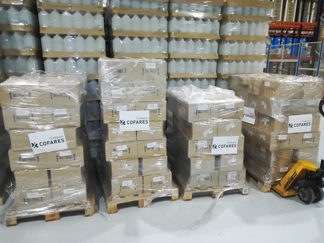 La Fundación Cofares dona 6.000 geles de baño de Farline a las Fuerzas Armadas