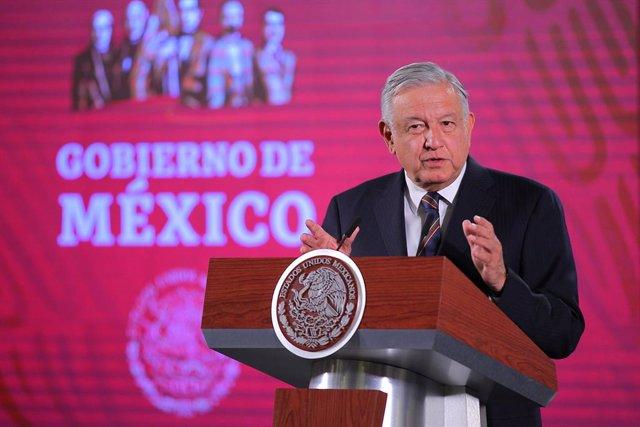 Coronavirus.- López Obrador aconseja llevar una dieta sana ya que el coronavirus