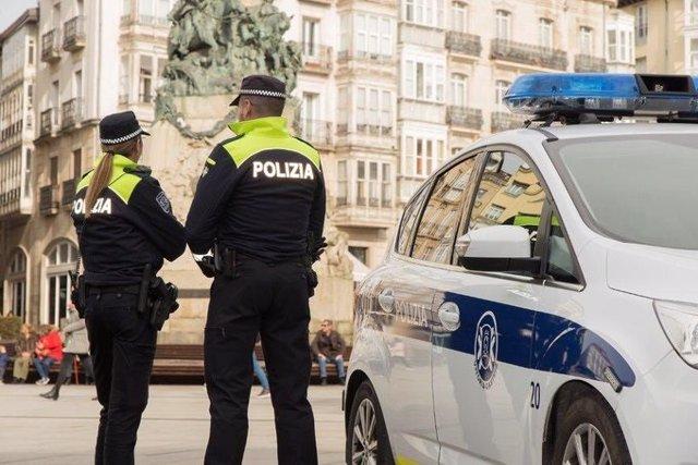 Agentes de la policia local de vitoria