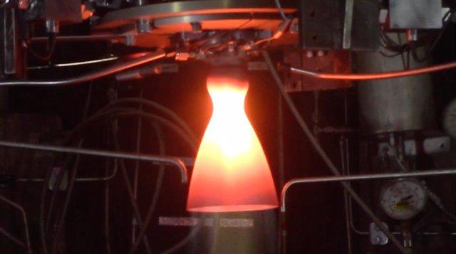 La NASA pone a punto nuevos motores para aterrizadores lunares