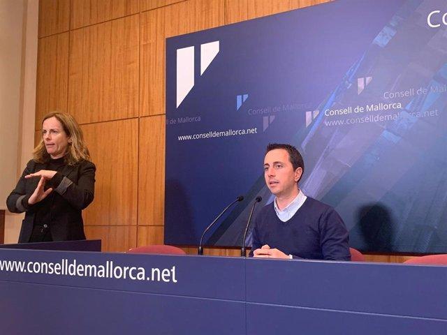 Llorenç Galmés en la sala de prensa del Consell de Mallorca.