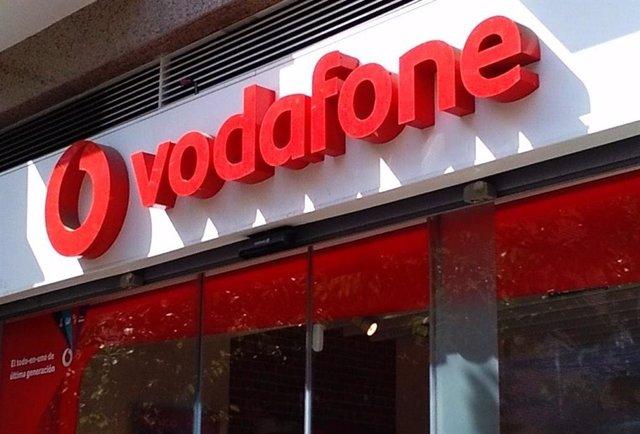 Imagen de recurso de un letrero de Vodafone.