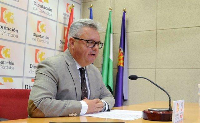 El delegado de Vivienda e Intermediación Hipotecaria de la Diputación de Córdoba, Esteban Morales, en una foto de archivo