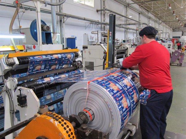 Fabricación de materias plásticas y sus manufacturas.