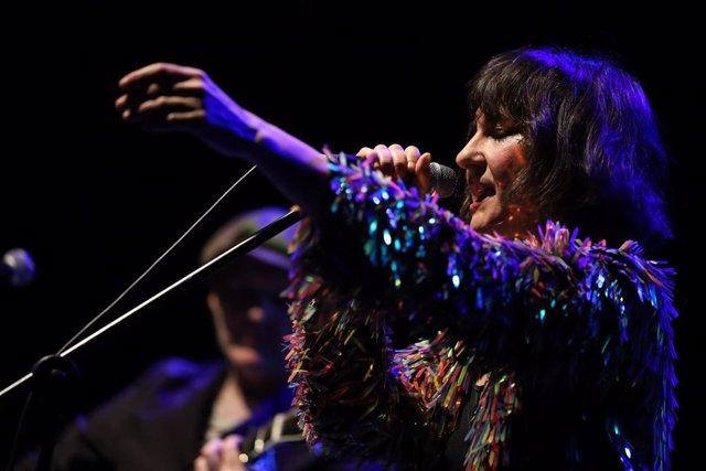 Encuentro con el dúo Amaral compuesto por Eva Amaral y Juan Aguirre tras lanzar su octavo álbum en septiembre del 2019, 'Salto al Color', en el Espacio Las Armas de Zaragoza/Aragón (España) a 3 de marzo de 2020.