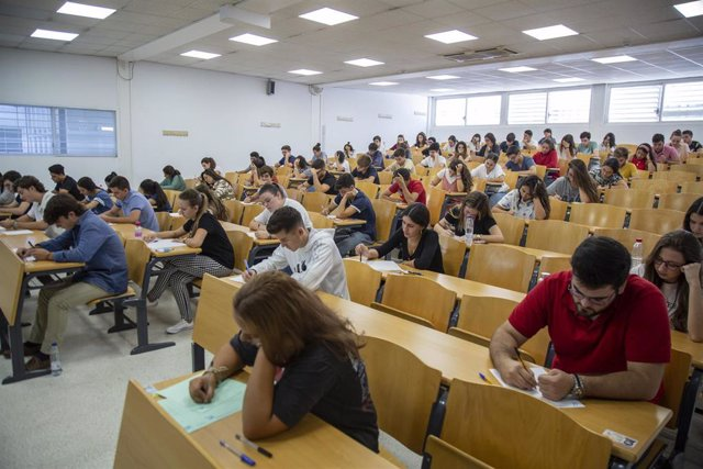 Convocatoria extraordinaria de las pruebas de Selectividad en la Universidad de Sevilla el año pasado.