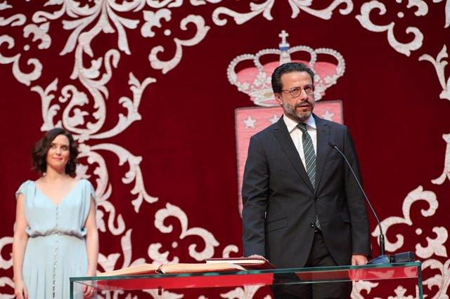 Imagen de archivo del consejero de Hacienda y Función Pública, Javier Fernández-Lasquetty, junto a la presidenta regional Isabel Díaz Ayuso.
