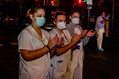 Los enfermeros valoran tomar medidas contra quienes digan que los contagios de sanitarios son sociales