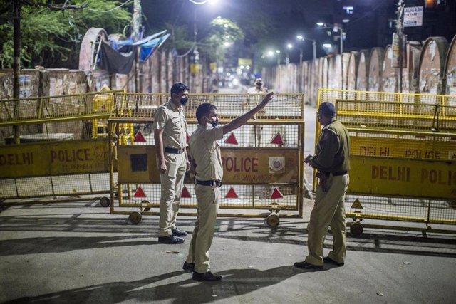 Control policial en Nueva Delhi