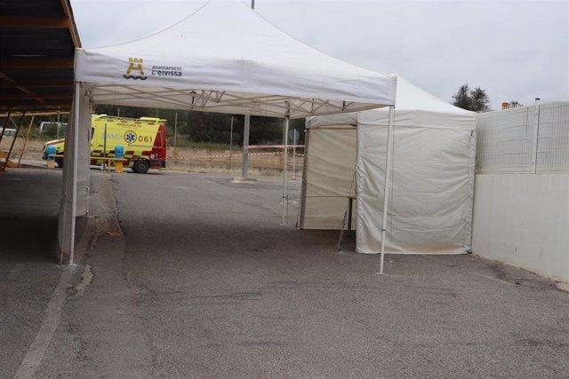 Área de recogida de muestras de test coronavirus a sanitarios en Ibiza