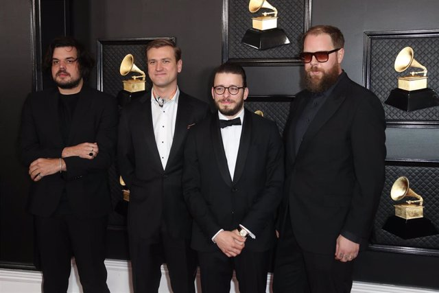 January 26, 2020 - Los Angeles, California, United States:: Bon Iver arriving at the 62nd GRAMMY Awards at STAPLES Center in Los Angeles, CA.(Allen J. Schaben / Los Angeles Times / Contacto)