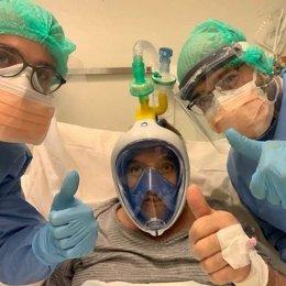 Decathlon bloque la venta de máscaras de buceo con snorkel para destinarlas a la crisis sanitaria