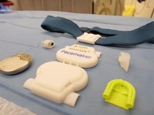Sujeción para marcapasos externo desarrollado por la UMH y el Hospital del Vinalopó.