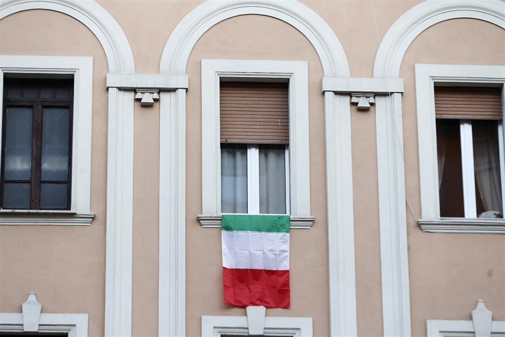 Italia supera los 7.500 fallecidos tras sumar otros 683 en las últimas 24 horas