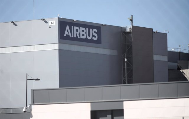 Fachada de la sede de la empresa Airbus en Getafe, en Madrid (España) .