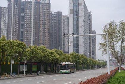 Coronavirus.- Wuhan, epicentro del coronavirus, reanuda paulatinamente el transporte público tras meses de cuarentena