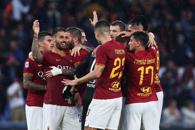 Fútbol.- La Roma entregará a domicilio alimentos y suministros médicos a sus abo