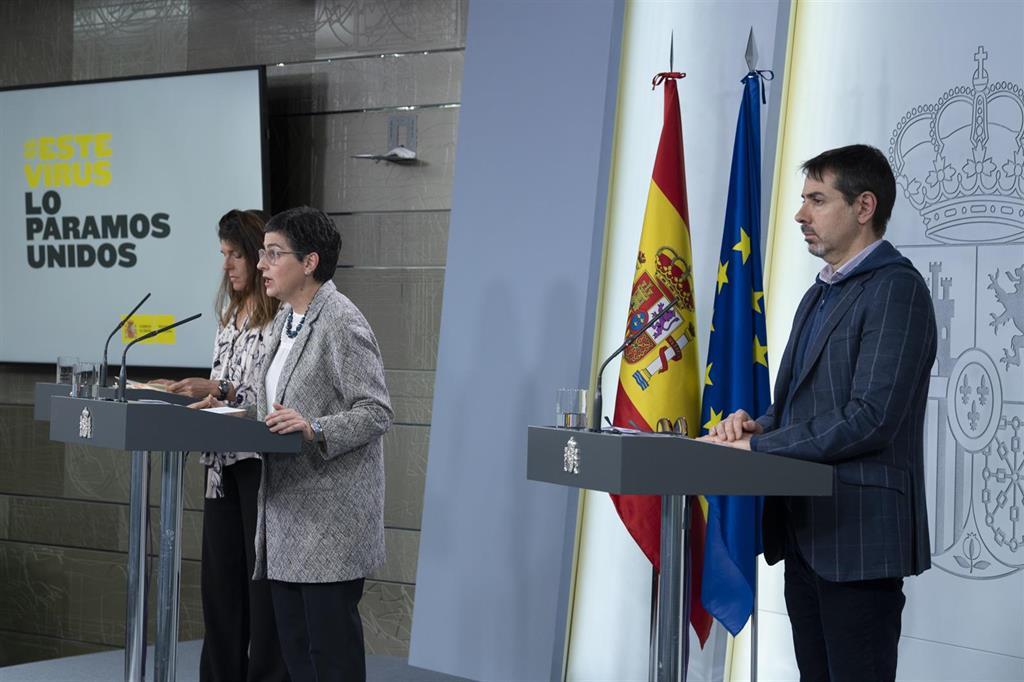 Unos 11.000 turistas han regresado a España y Exteriores prepara el retorno de otros 5.000