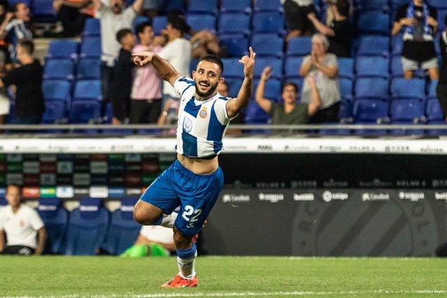 """Fútbol.- Vargas, otro de los positivos del Espanyol, ya """"está bien"""""""