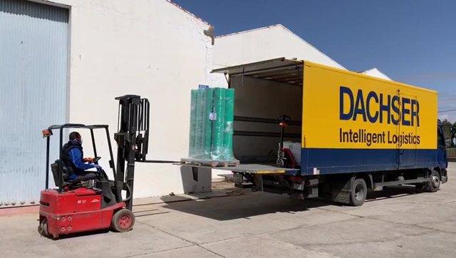 El Consistorio agradece a Industrial Pantalonera Española, al colectivo 'El Covid-19 lo paramos todos' y a voluntarios quintanareños su disposición para elaborar equipos de protección