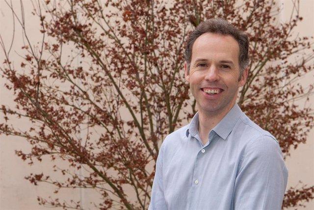 Javier Bernácer, investigador del ICS de la Universidad de Navarra