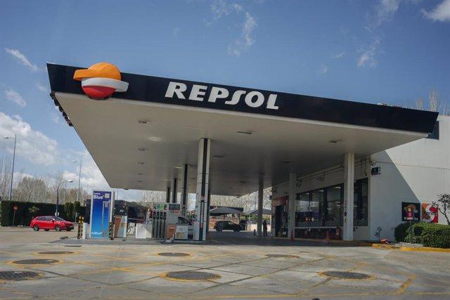 Gasolinera de Repsol ubicada en Madrid