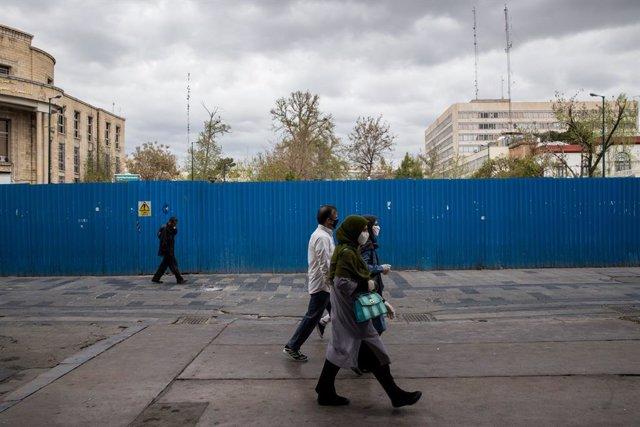 Coronavirus.- Irán eleva a casi 2.400 los fallecidos por coronavirus tras la mue