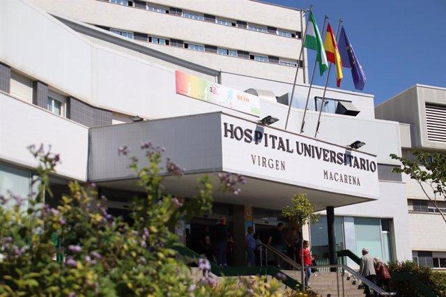 Fachada del Hospital Universitario Virgen Macarena, en una imagen de archivo