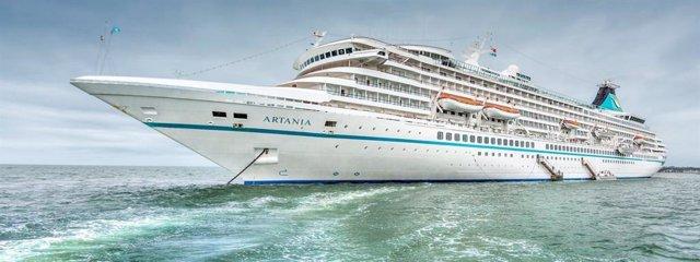 El crucero alemán Artania