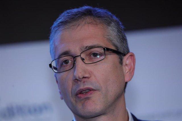 El gobernador del Banco de España, Pablo Hernández de Cos, interviene en la primera jornada de la X edición del 'Spain Investors Day' en el Palacio de la Bolsa de Madrid el 14 de enero de 2020.