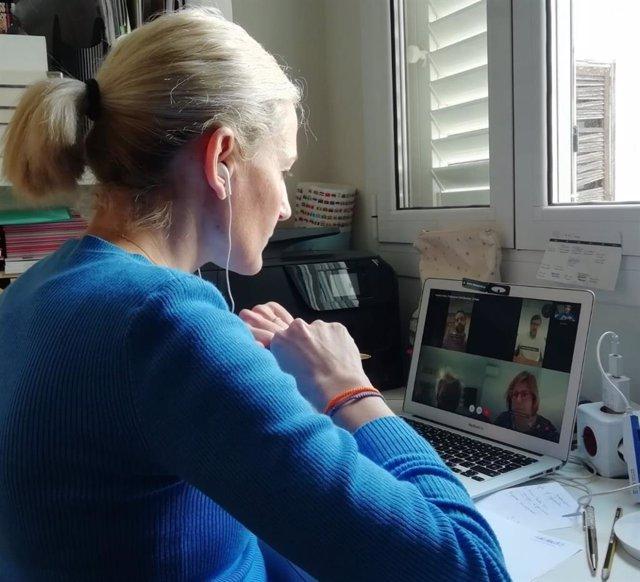 La portavoz de Cs en el Ayuntamiento de Palma, Eva Pomar, se reúne por videoconferencia con los portavoces de los grupos municipales.