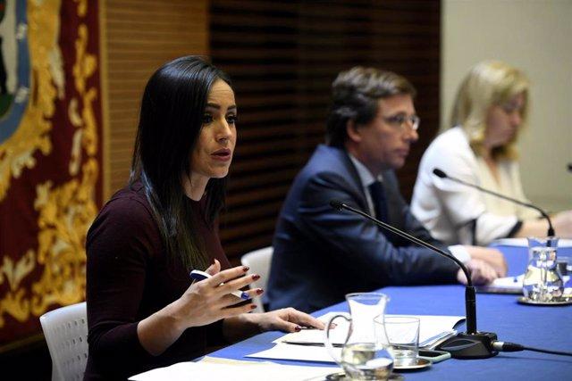 Imagen de recurso de la vicealcaldesa de Madrid, Begoña Villacís (i) y el alcalde de Madrid, José Luis Martínez-Almeida (d).