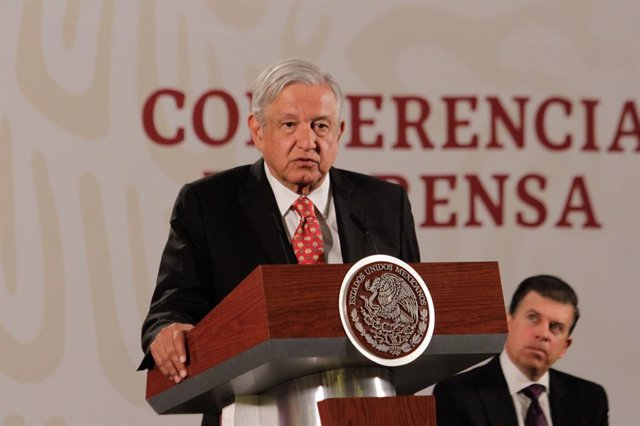"López Obrador se muestra ""seguro"" de que España extraditará a México al ex direc"