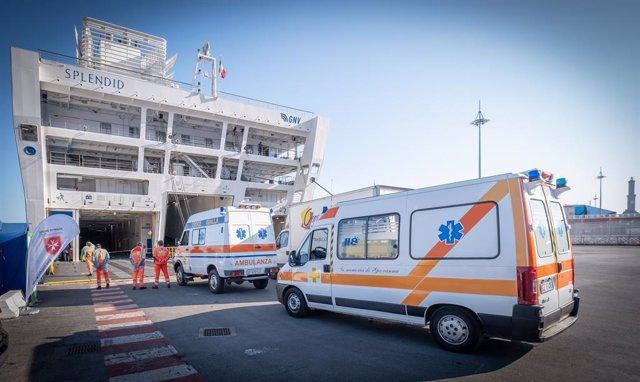 El ferry Splendid de GNV se convierte en barco hospital en el Puerto de Génova