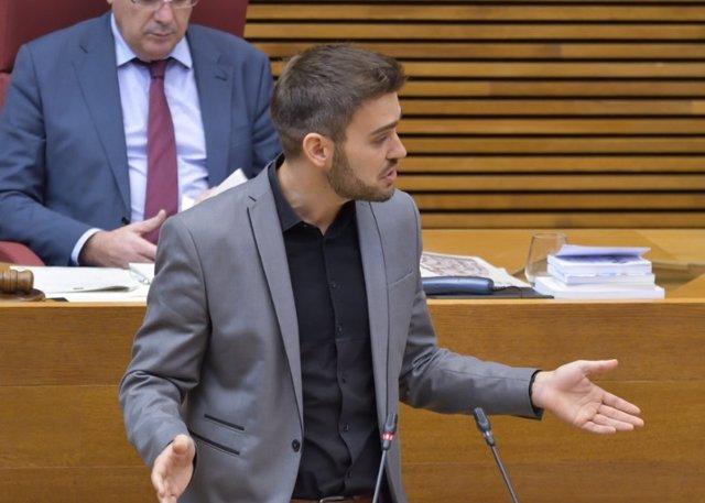 El portavoz de Compromís en Les Corts Valencianes, Fran Ferri, en una imagen de archivo